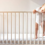 赤ちゃんにベビーベッドは必要?赤ちゃんの寝場所と使用期間