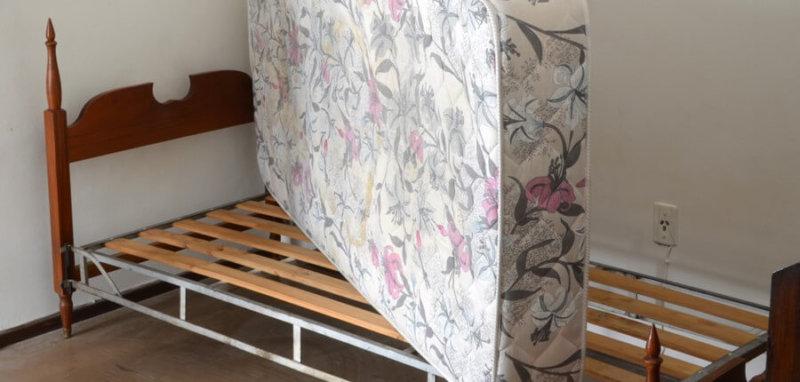 ベッド下の湿気対策